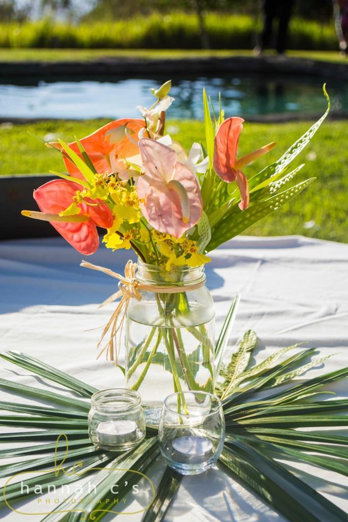 Rustic Hawaii Wedding Flower Photographer