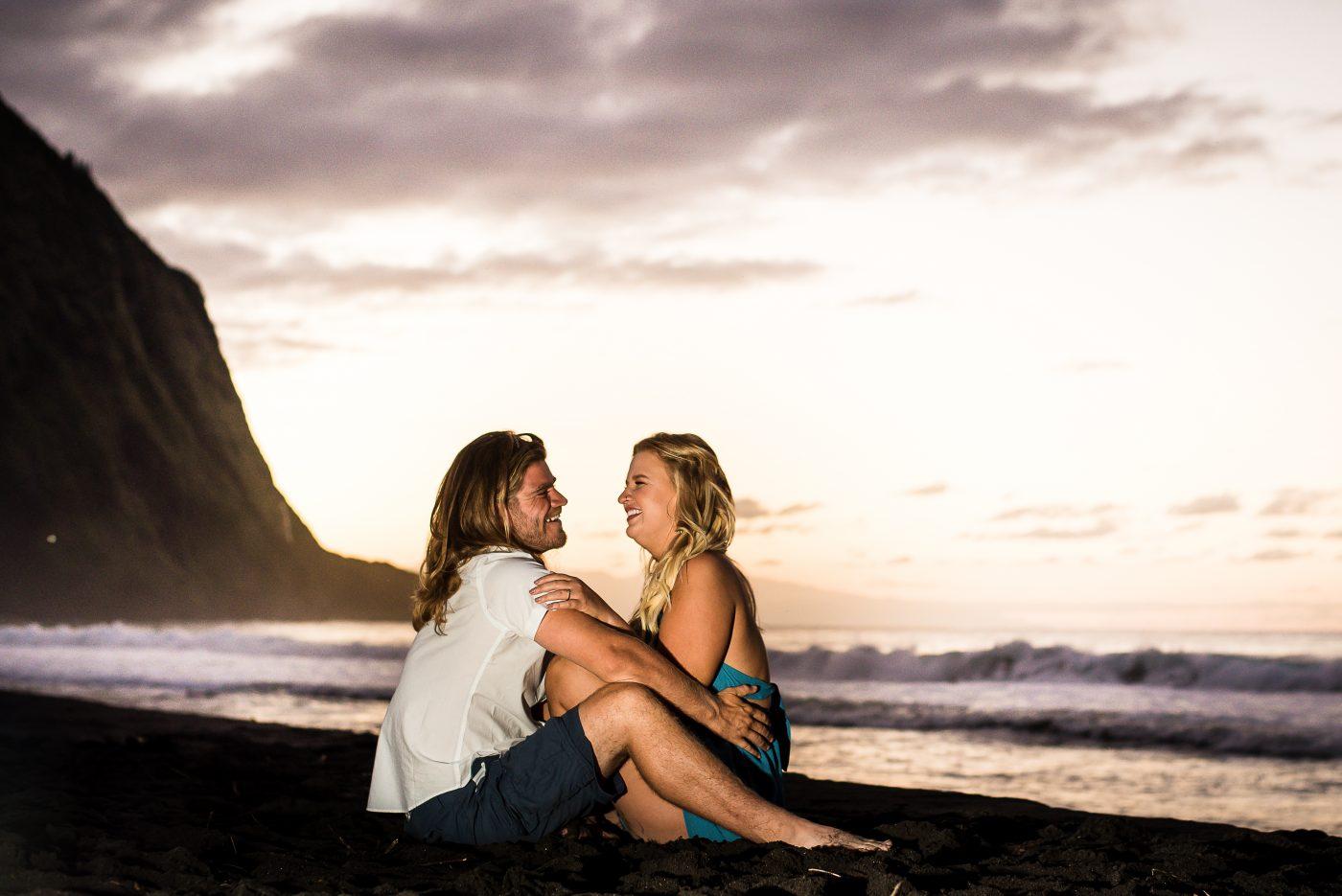 waipio valley, big island, hawaii, engagement, sunset, portrait